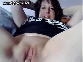 Fingering my Fat BBW Ex Mature GF Wet Pussy she also squirts