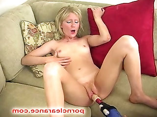 Alexa Lynn Pounded With A Drilldo